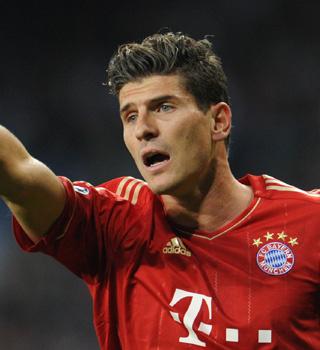 Vidéo but de Mario Gomez Bayern Munich 2-0 FC Barcelone
