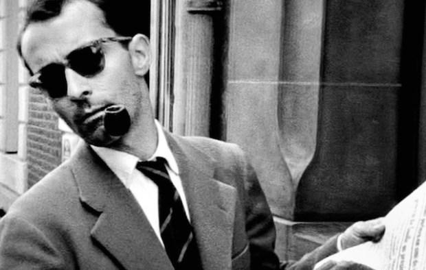Godard afirmaba que el carácter amateur de la Nouvelle Vague, entendido en el espíritu de amar el cine, es lo que caracterizaba a la buena crítica.