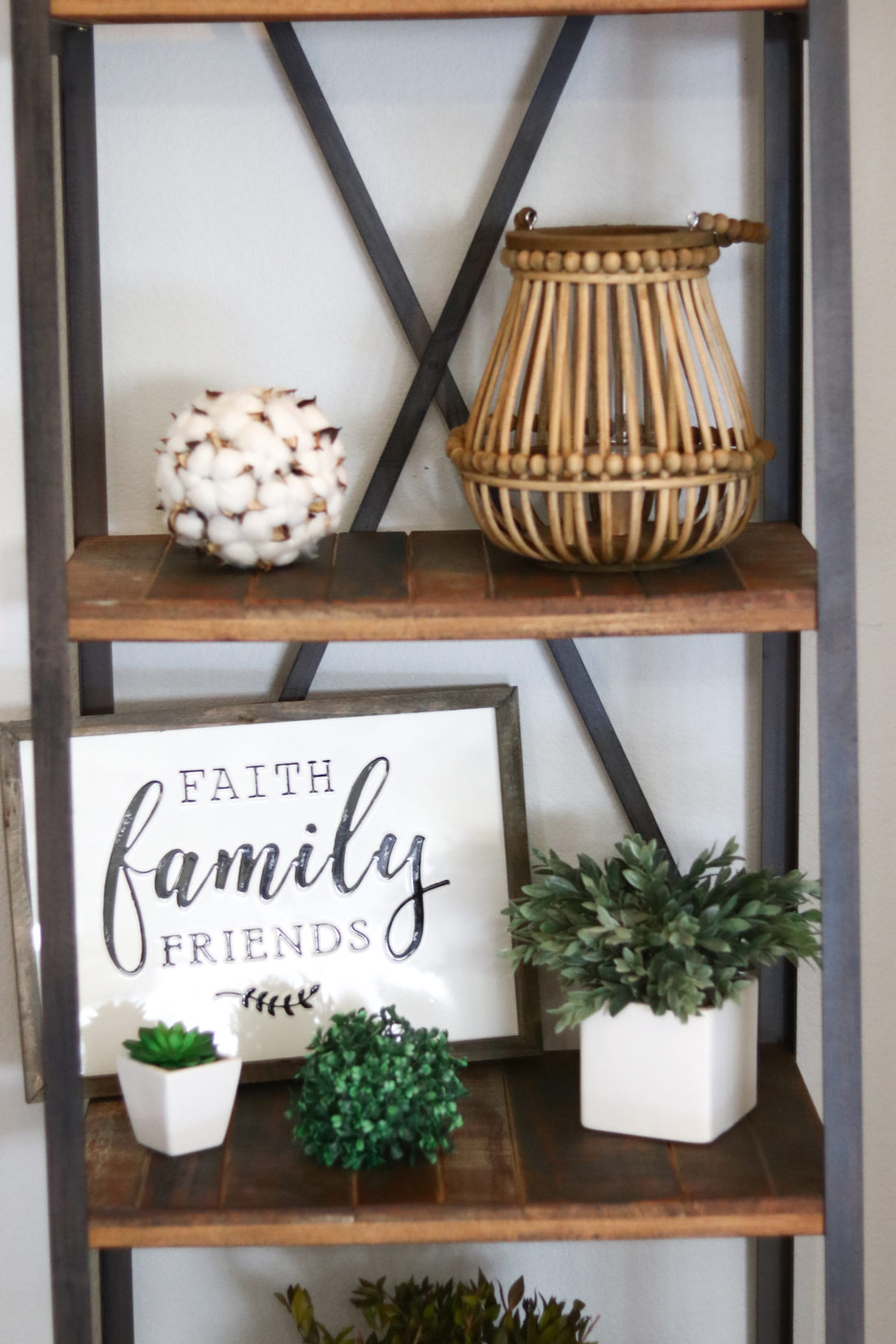 Entryway Decorating Ideas | Modern Farmhouse Decor - A ...