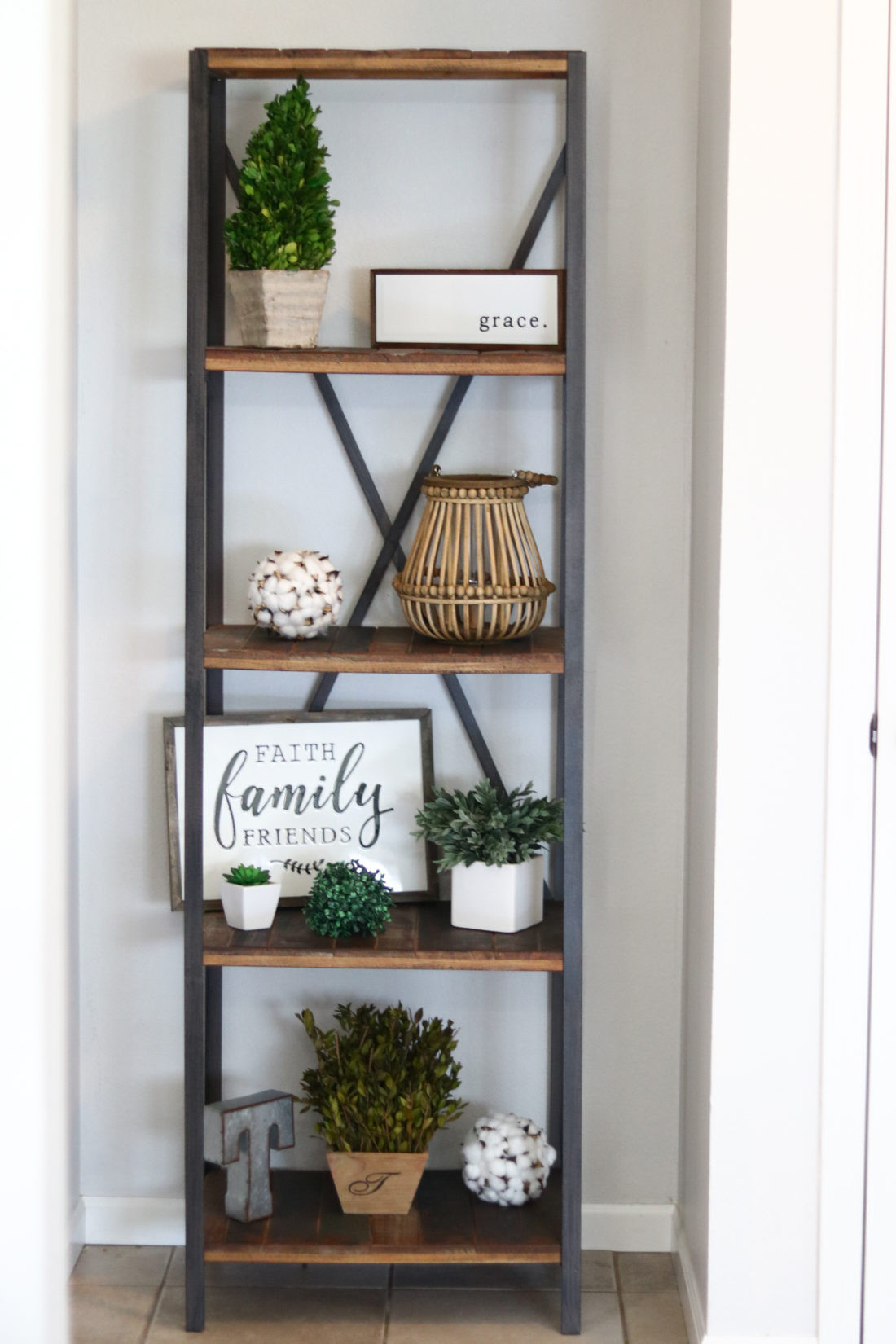 Entryway Decorating Ideas | Modern Farmhouse Decor - A ... on Farmhouse Decorating Ideas  id=36883