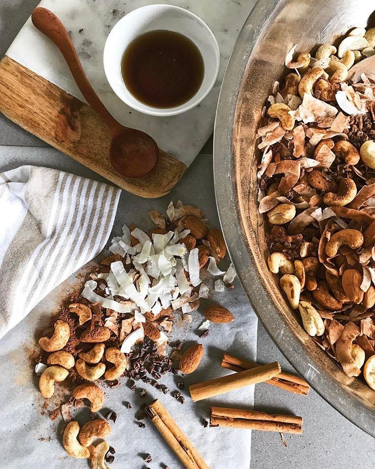 Cacao granola