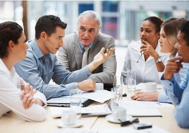 photo d'une réunion d'un comité social et économique CSE