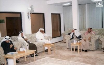 الأديب / خالد اليوسف ضيفا مسامِرا في النادي …
