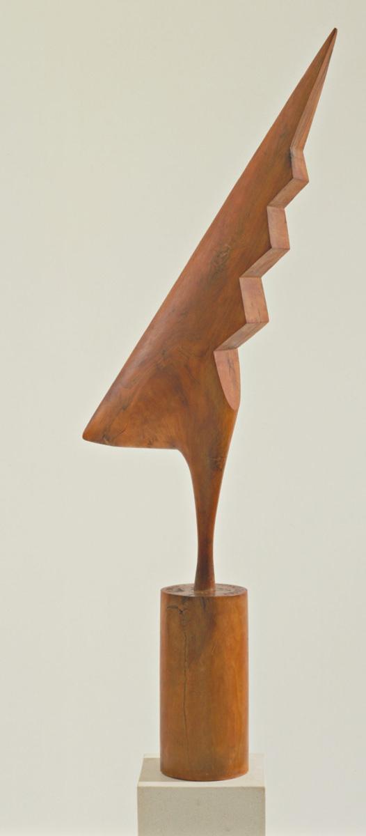 Constantin Brancusi. The Cock.1924. Cherry, 47 5/8 x 18 1/4 x 5 3/4″ (121 x 46.3 x 14.6 cm). The Museum of Modern Art, New York. Gift of LeRay W. Berdeau. © 2018 Artists Rights Society (ARS), New York / ADAGP, Paris