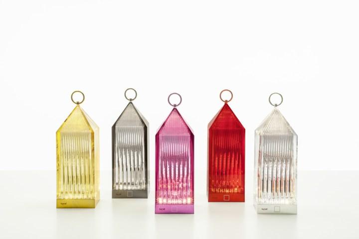 Lantern, 2017, design Fabio Novembre, PMMA trasparente e colorato in massa. Courtesy Kartell