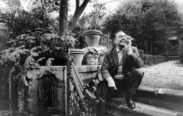 Renato Guttuso a Salita del Grillo. Roma, 1964. Foto Paolo Di Paolo © Archivio Paolo Di Paolo