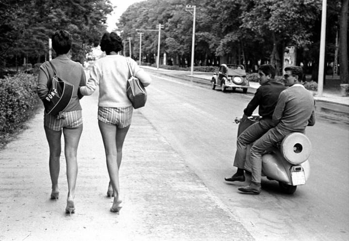 Viareggio, 1959. Foto Paolo Di Paolo, © Archivio Paolo Di Paolo