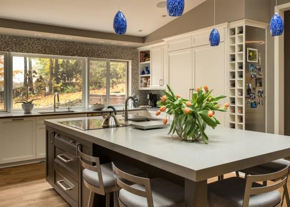vaulted_modern_kitchen_den_2