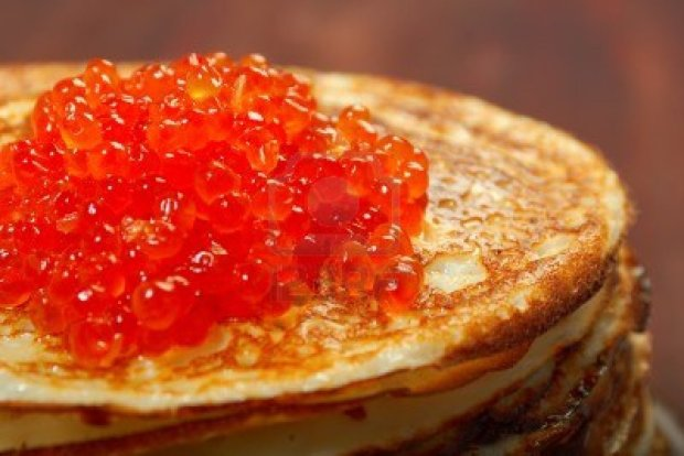 russian-pancakes-with-red-caviar