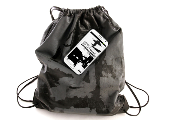 GALAXY-Note-II-x-Alexander-Wang-(2)