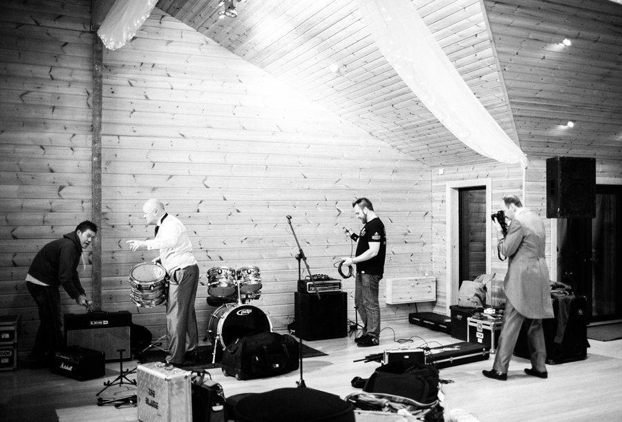wedding band setup
