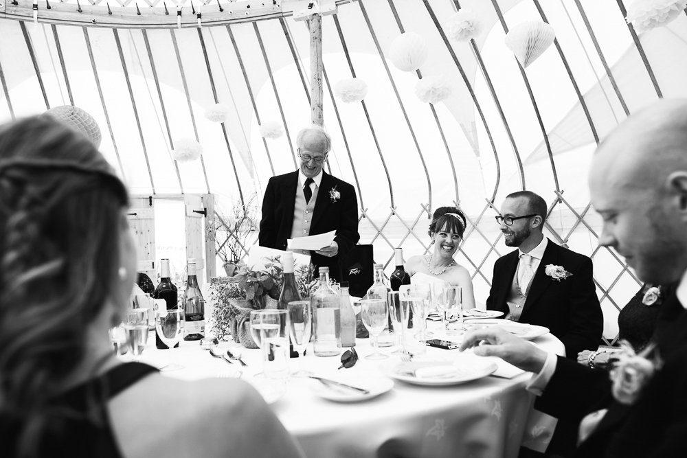 Documentary wedding photography_0070