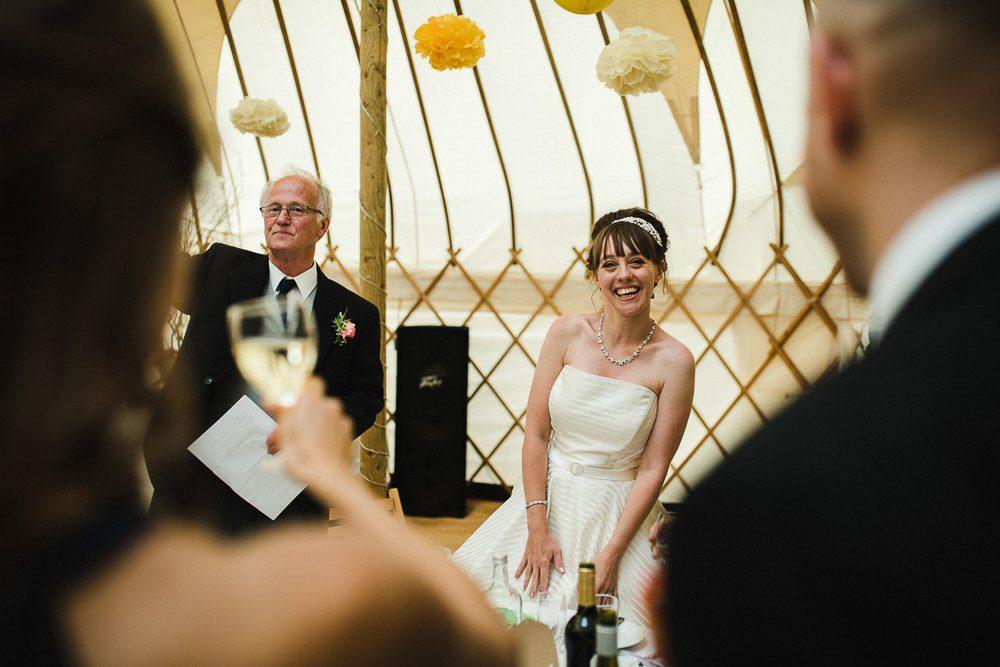 Documentary wedding photography_0074