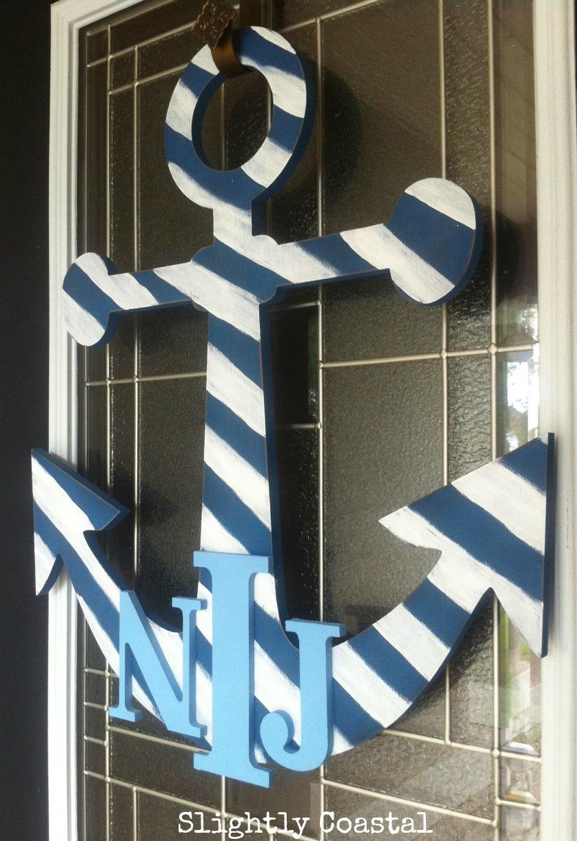 nautical door hanger with monogram, coastal decor, www.slightlycoastal.com