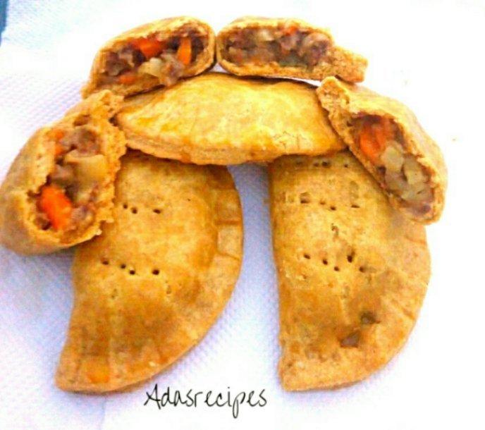 MAKE YUMMY NIGERIAN MEAT PIE