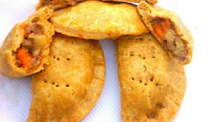 MAKE YUMMY NIGERIAN MEAT PIE