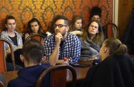 Nyelvi jogok a nemzetközi kisebbségi jogi rendszer és a szlovák jogrend útvesztőjében