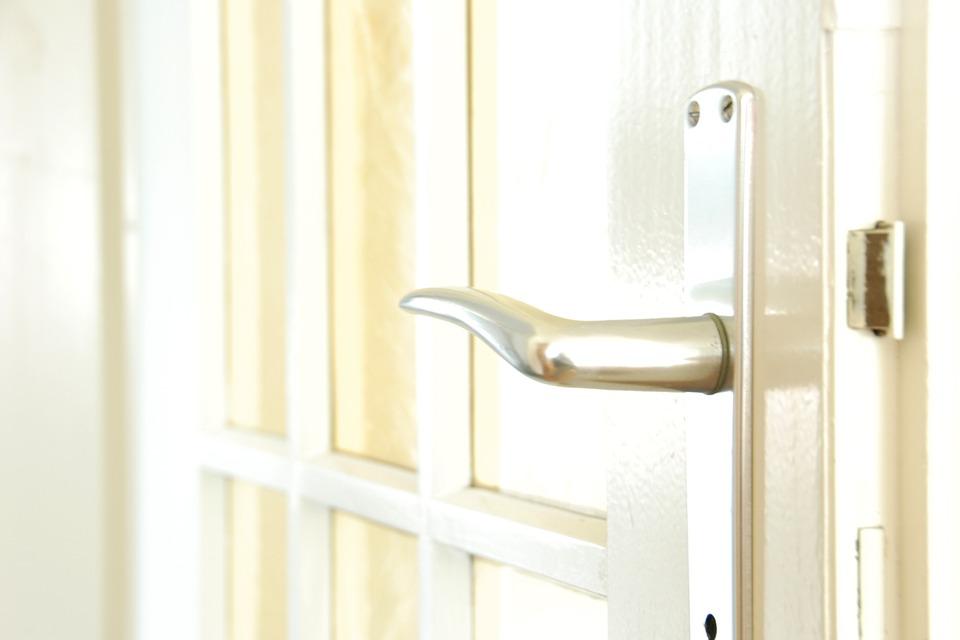 Window/Door handle and espagns changes
