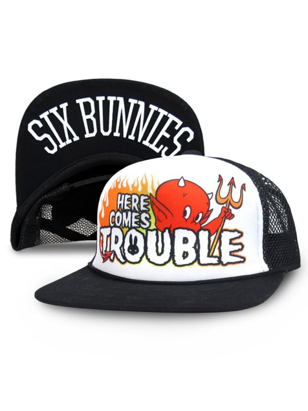 SIX BUNNIES - Here Comes Trouble Keps