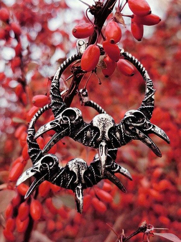 RESTYLE - Raven Skulls Örhängen