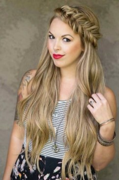 Awesome Long Hairstyles For Women33
