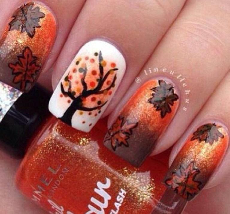 Eye Catching Fall Nails Art Design Inspirations Ideas09