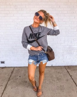 Lovely Fall Outfits Ideas To Try Right Now05