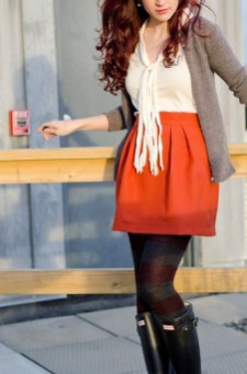 Modest But Classy Skirt Outfits Ideas Suitable For Fall14