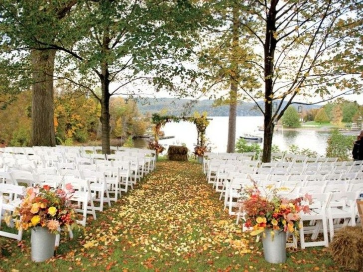 Awesome Outdoor Fall Wedding Tips Ideas17