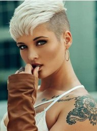 Chic Short Hairstyle To Copy Right Now21