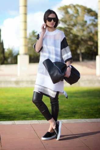 Perfect Fall Outfits Ideas To Copy Asap36