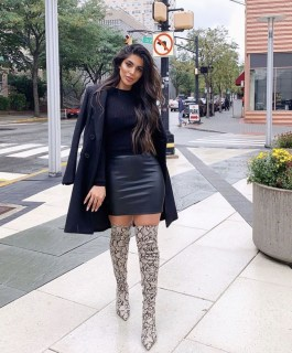 Adorable Winter Outfits Ideas Boots Skirts30