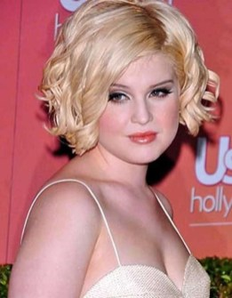 Awesome Haircuts Ideas For Round Face35