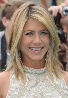 Cute Layered Bob Hairstyles Ideas21