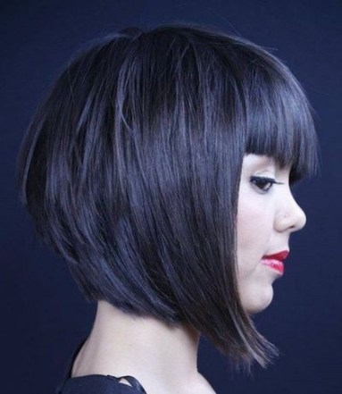 Cute Layered Bob Hairstyles Ideas29