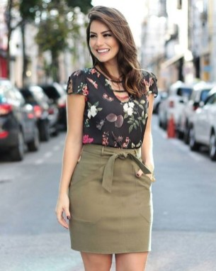 Incredible Skirt And Blouse This Fall Ideas07