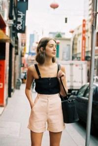 Perfect Wearing Summer Shorts Ideas13