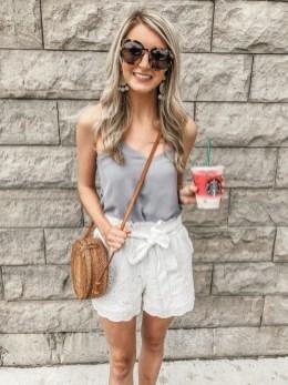 Perfect Wearing Summer Shorts Ideas15
