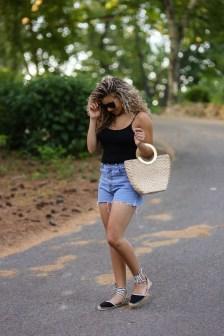 Perfect Wearing Summer Shorts Ideas28