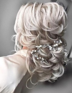Perfect Wedding Hairstyles Ideas For Long Hair13