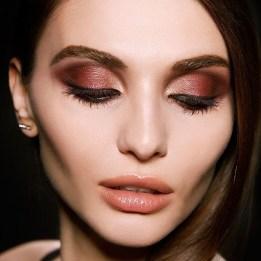 Popular Shimmer Summer Makeup Ideas10