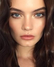 Popular Shimmer Summer Makeup Ideas11