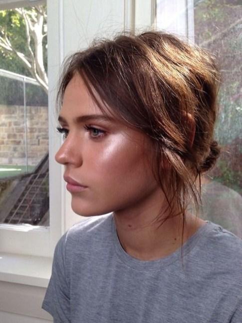 Popular Shimmer Summer Makeup Ideas47