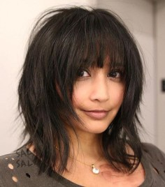 Pretty Hairstyle With Bangs Ideas20