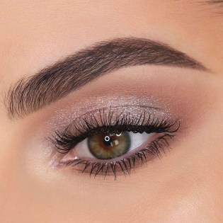 Stunning Shimmer Eye Makeup Ideas 201820