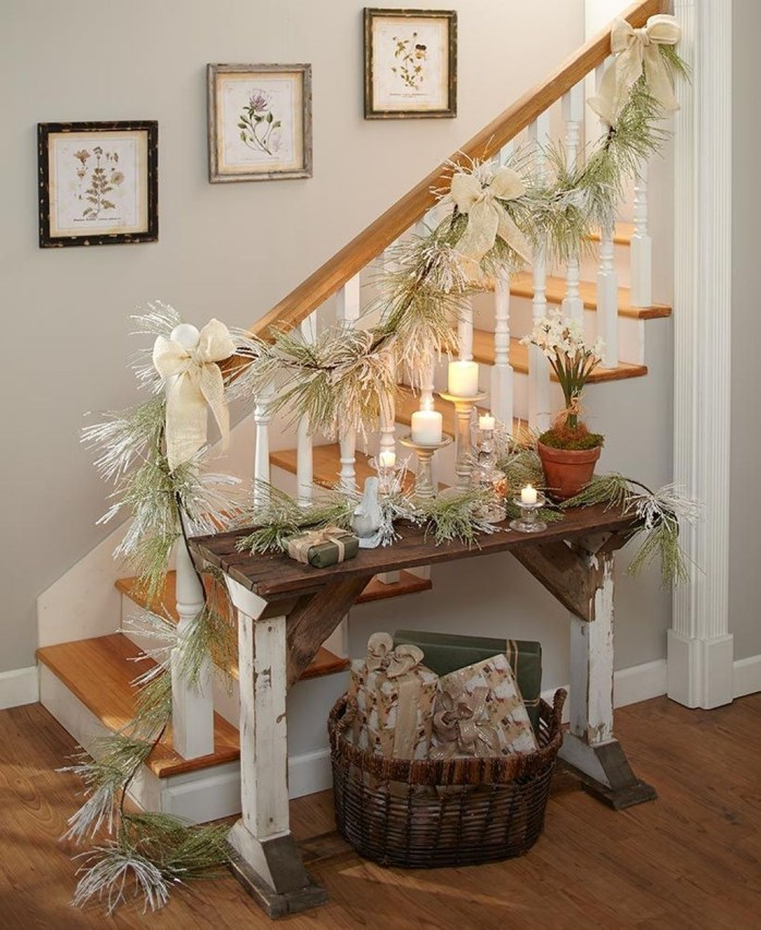 Casual Winter Themed Christmas Decorations Ideas37