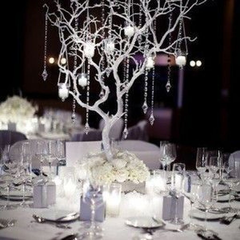 Classy Winter Wonderland Wedding Centerpieces Ideas32