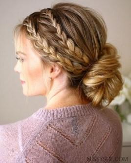 Cute Christmas Braided Hairstyles Ideas08
