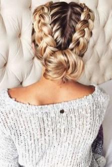 Cute Christmas Braided Hairstyles Ideas09
