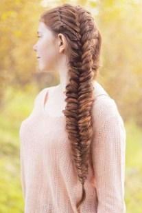 Cute Christmas Braided Hairstyles Ideas19